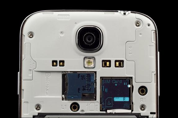 Samsung Galaxy S4 ile İlgili En Yaygın 9 Problem ve Çözümleri