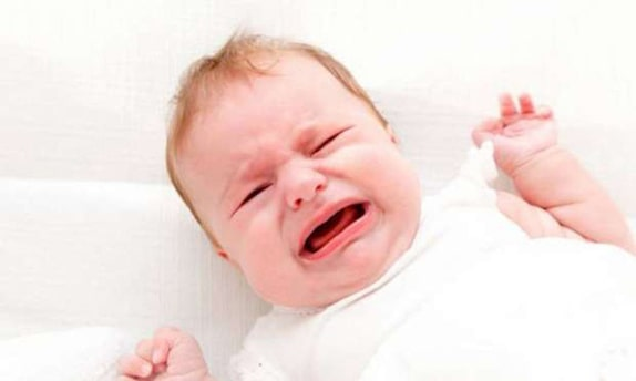 Bebeklerin Ağlama Nedenleri: İyi Hissetmemek