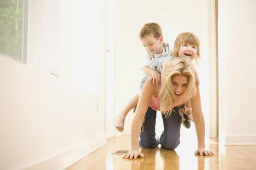 Çocuğa Sevgi Göstermek - Çocukla Çocuk Olmak