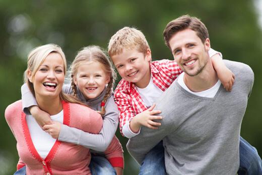 Çocuklara Sevgi Göstermek