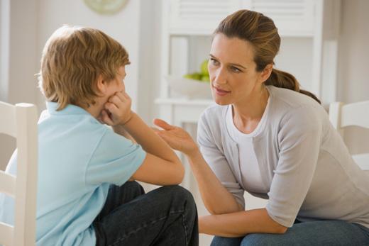 Ergenliğe Giren Erkek Çocuğa Nasıl Davranmalı?
