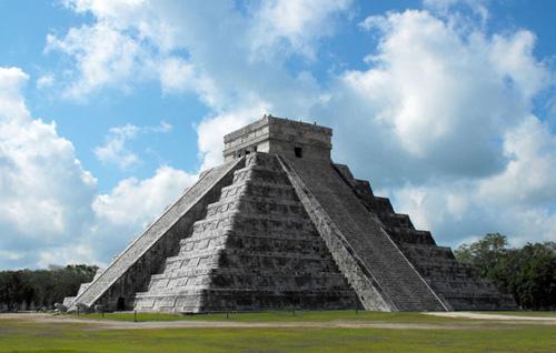 Dünyanın Yeni Yedi Harikası - Chichen Itza Piramidi