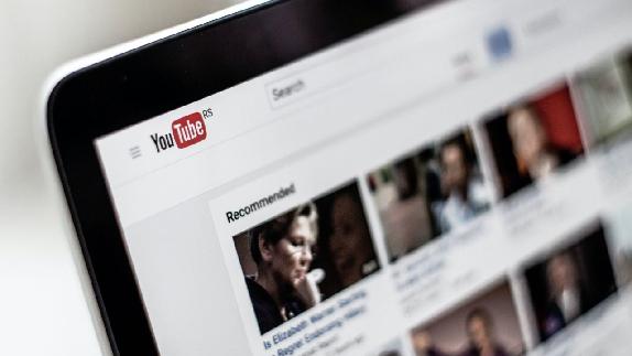 YouTube Otomatik Yaş Sınırı